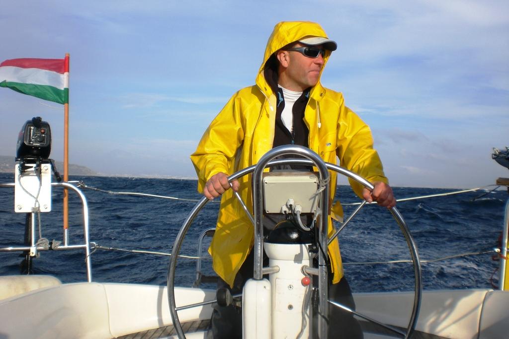 Vitorlás hajóval a Földközi-tengerről a Balatonra